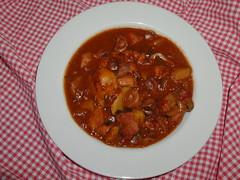 gravy, stew, curry, vegetable, produce, food, dish, cuisine, goulash,