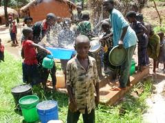 Inauguración del Sistema de agua Mkongoro en Tanzania