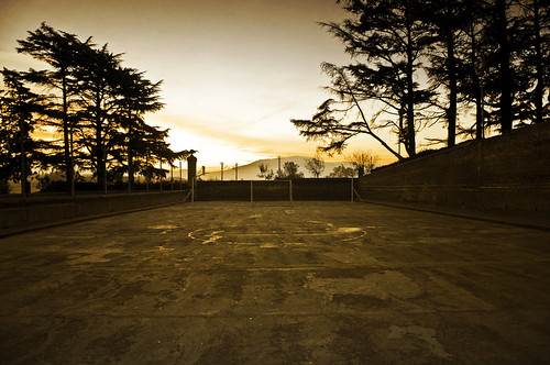 sunset sunrise lens atardecer tristeza spain nikon arboles campo ready soledad futbol barrio porteria d90 madrugar 170550mmf28 sgcampos sgcam msh0310 msh031010
