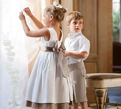 Jeux d 39 enfants tenues de cort ge et v tements de c r monie for Quand les robes de mariage seront elles en vente