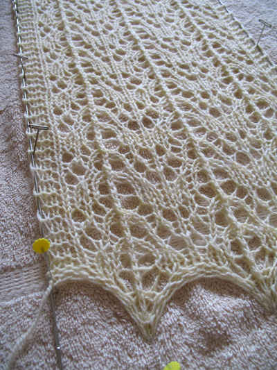 Second Anita Caroline, blocking