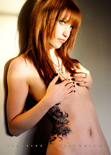 Suicide Girl: Jessica - Directional and Diffused Ambient Light