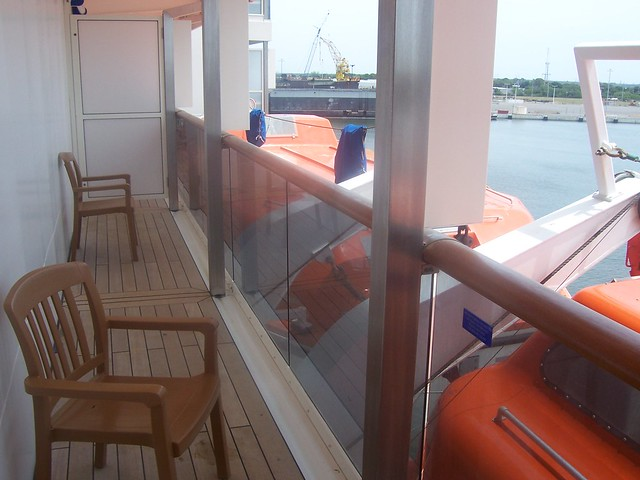 Obstructed view on Carnival Miracle balcony rooms ...