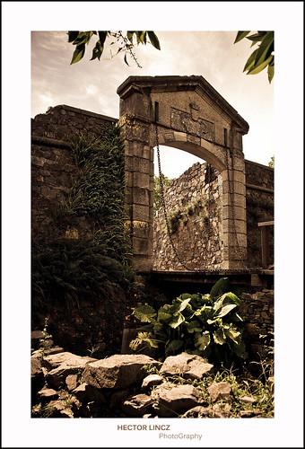history southamerica uruguay puerta antique monumento ciudadela 1745 coloniadesacramento nikond90