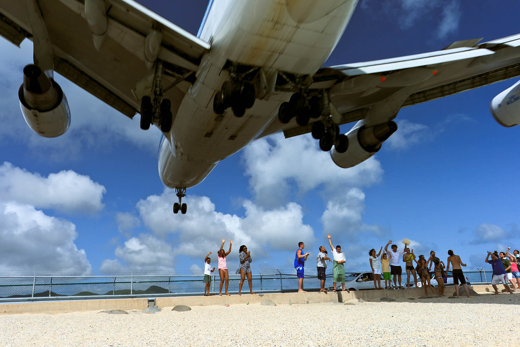 Plane Landing close 10 meters off the beach