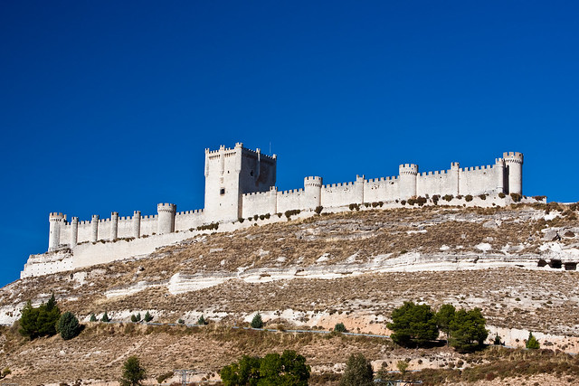 castillo mature singles Toscana en venta encantador castillo de la primera mitad del siglo xiii el castillo  se extiende sobre varios pisos además de terreno con producción de chianti y.