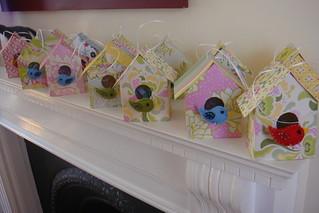 Birdhouse party favours