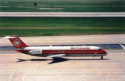 AIR CANADA DC-9-32 C-FTLX(cn321)