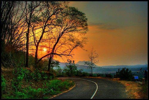 "road trees sunset red sky sun india nature clouds sunrise landscape flickr kerala romantic hdr seanery ""flickraward5"" praveenvenugopal"