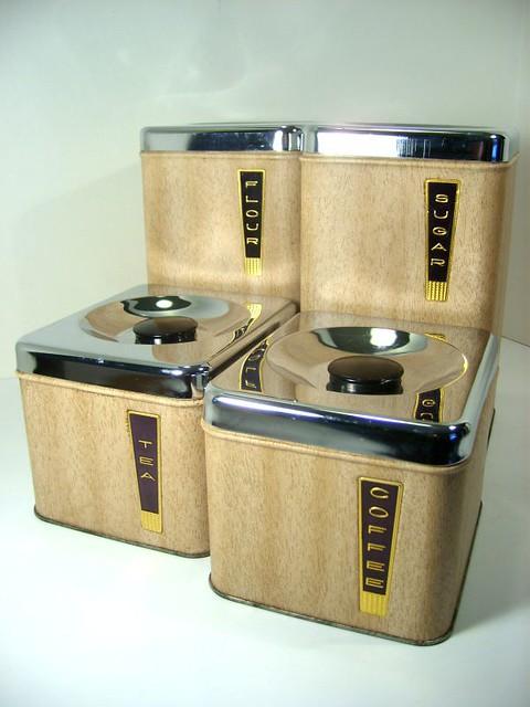 vintage woodgrain lincoln beautyware metal kitchen
