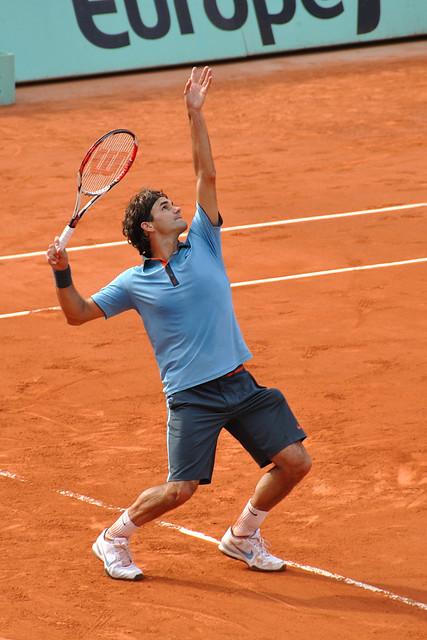 Roger Federer serve   Paris, France. 2009 Roland Garros ...