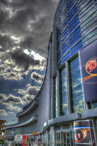 Anaheim Convention Center in Overcooked HDR - Hollywood style