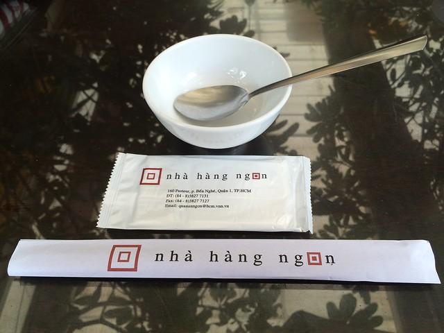 Place setting - Nha Hang Ngon