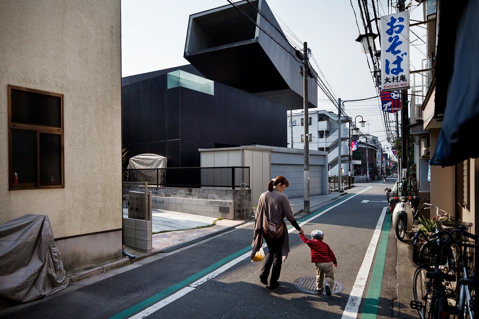 住宅密度大於高度,東京建築「怪宅」林立4