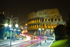 Car trails @ colosseo