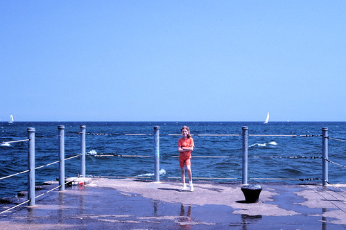 lake water 35mm waves jetty newyorkstate lakeontario rochesterny geneseeriver vuescan ontariobeach minoltascandualiii