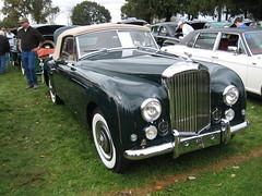 automobile, bentley s2, vehicle, mid-size car, antique car, sedan, classic car, vintage car, land vehicle, luxury vehicle, bentley, convertible,