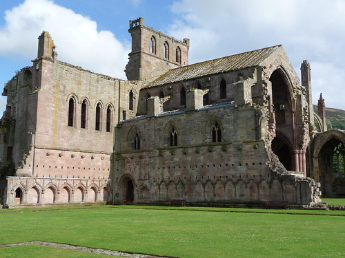 Melrose Abbey, Borders