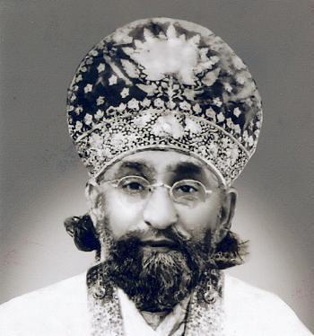 Mehboob-e-zaat, SYED AHMAD HUSSAIN AL-JILANI AL-QADIRI (1898-1961), Sarkar-e-Aali