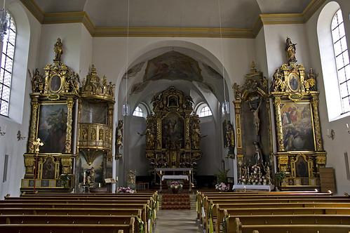 church germany bayern deutschland bavaria oberbayern kirche altar tradition turm maibaum kirchturm neugotik pfarrkirche stjohannes sakralbau hohenkammer ilgésu