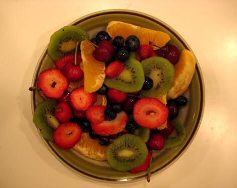 do fruit flies bite fruit salad yummy yummy