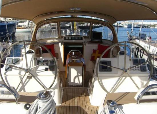 Nice Yacht: OYSTER 62 2001. United Kingdom Presented By oyster-yachtclub.com