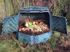 Large Compost Pile Bin