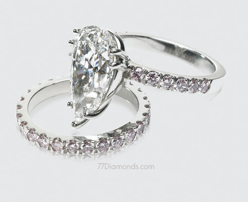 Bespoke engagement ring and wedding band set A superb GIA certificated