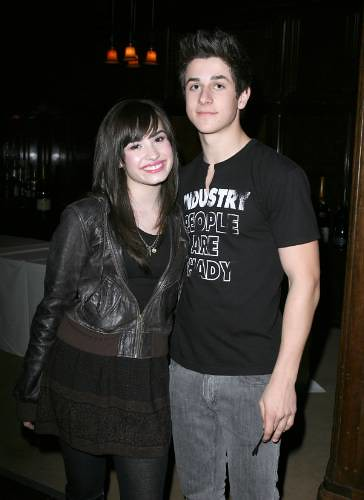 Demi Lovato David Henrie Aww They Wouldn't Make A Cute Couple XD
