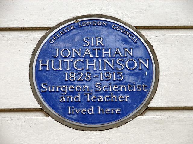 Jonathan Hutchinson blue plaque - Sir Jonathan Hutchinson 1828-1913 surgeon, scientist and teacher lived here