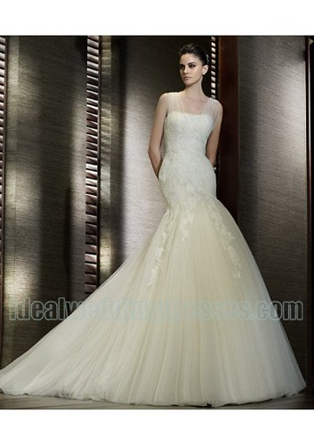 Organza Lace Mermaid Silhouette in Chapel Train Elegant Designer New 2011 Wedding Dress WD-0545