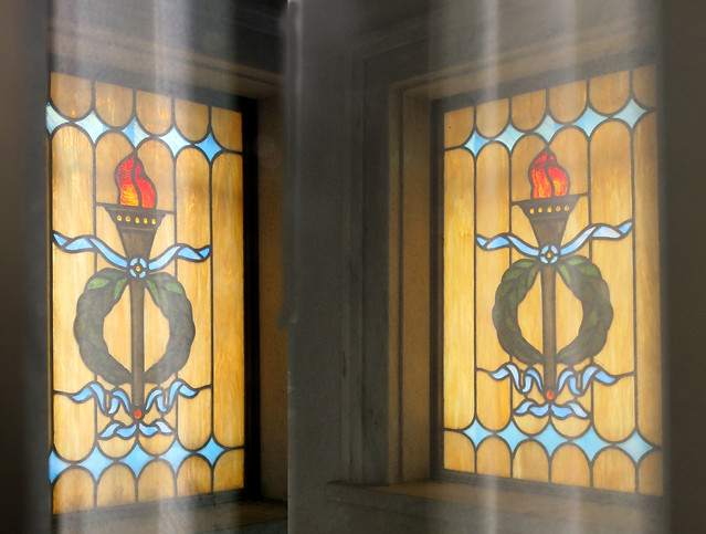 IMG_1376-2014-03-01-Westview-Cemetery-McDonald-Mausoleum-has-Stained-Glass-Atlanta-2-matching-windows