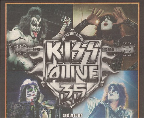 11/07/09 Kiss/Buckcherry @ Minneapolis (Ad-Top)