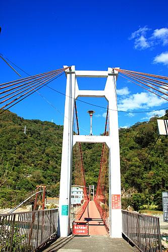 3N85天輪白冷吊橋