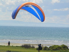 powered paragliding(0.0), toy(0.0), paragliding(1.0), air sports(1.0), sports(1.0), windsports(1.0), extreme sport(1.0),