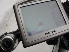 digital camera(0.0), mobile phone(0.0), gps navigation device(1.0), electronics(1.0), gadget(1.0),