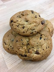 Bacon, chocolate chip and Cacao nib cookies