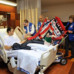 Wisconsin Guardsman, wounded warrior receives quilt
