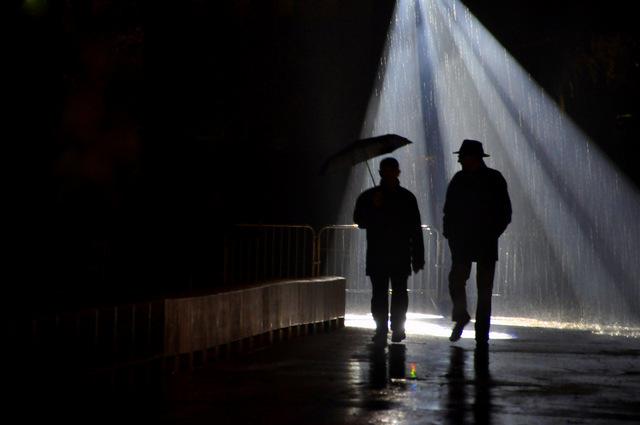 Les passagers de la pluie