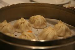 pie(0.0), pelmeni(0.0), shumai(0.0), dessert(0.0), dim sum food(1.0), nikuman(1.0), mongolian food(1.0), cha siu bao(1.0), xiaolongbao(1.0), mandu(1.0), baozi(1.0), momo(1.0), food(1.0), dish(1.0), dumpling(1.0), jiaozi(1.0), buuz(1.0), khinkali(1.0), cuisine(1.0),