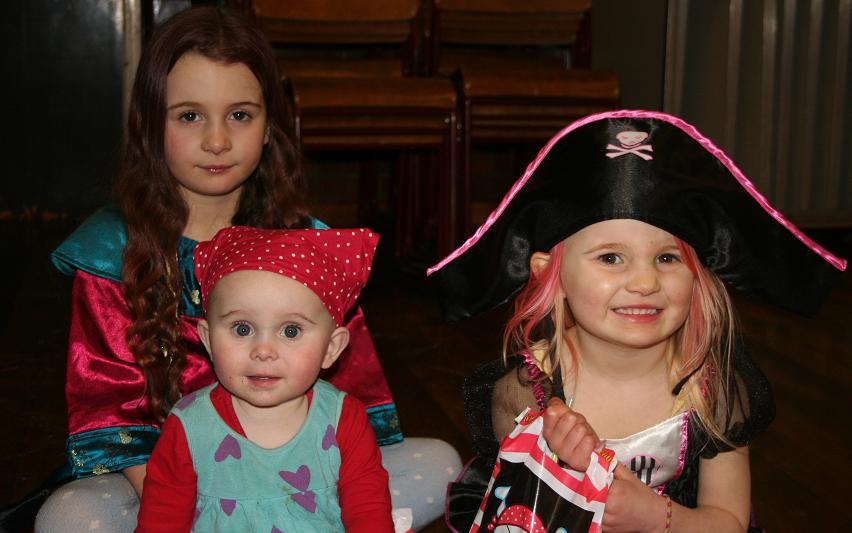 Pirates Girls