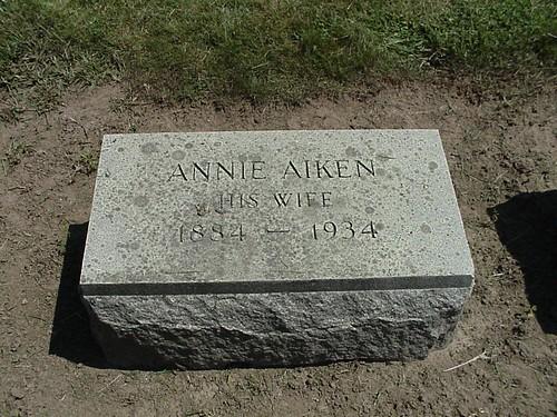 Annie AIKEN by midgefrazel