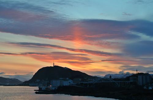 sunrise ålesund aalesund lenticulars larigan phamilton