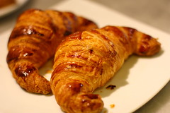 meal, breakfast, baking, baked goods, food, viennoiserie, dish, cuisine, danish pastry, croissant,
