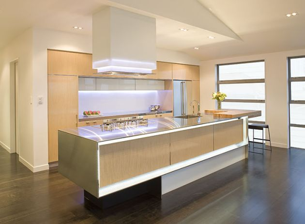 Modern kitchen remodeling designs with smart layout for Modern kitchen designs 2009