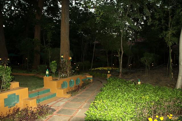 bandhavgarh resorts nature heritage resort