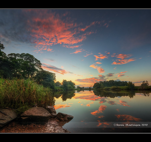 clouds sunrise canon reflections river wideangle aussie 1020mm hdr manfrotto murwillumbah tweedriver sigmalens northernnsw eos450d 450d tweedshire sorenmartensen