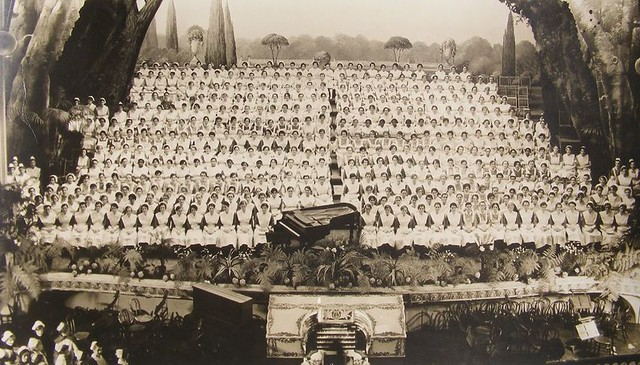 Philadelphia General Hospital School Of Nursing Bicentennial Class Graduation Photograph 1932