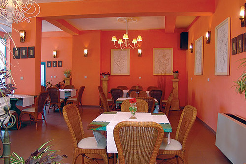 Restaurant interior design ideas color wallpapers