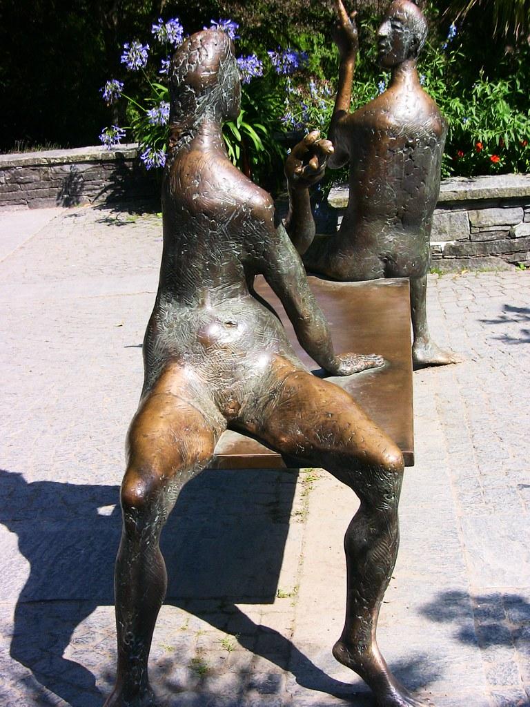 Insel-Mainau - Skulpturen , Freikörperkultur - a photo on